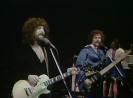 Jeff Lynne and ELO light up Cherry Stereo.